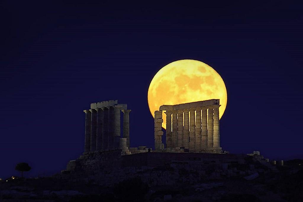 полнолуние Акрополь