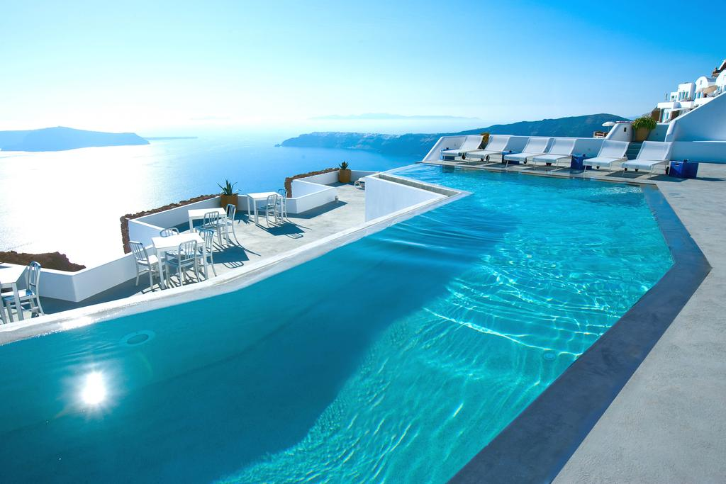 Grace Santorini бассейн