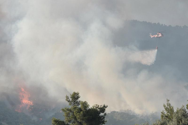 Греция пожар вертолет