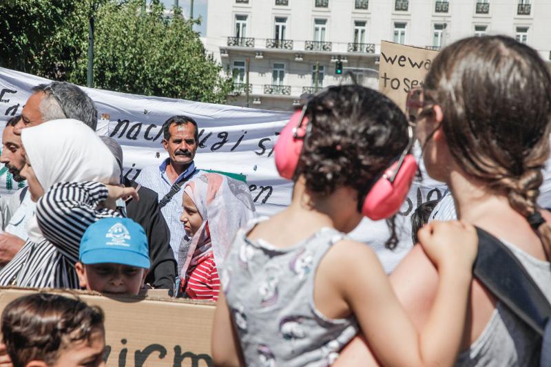 митинг сирийцев
