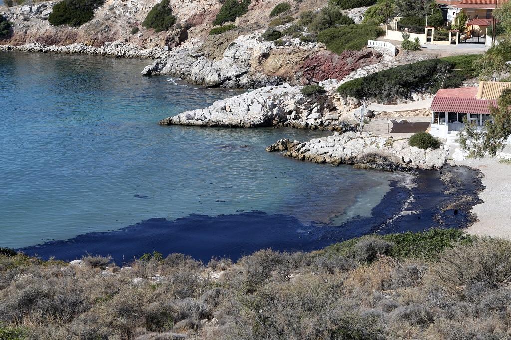 нефтяное пятно пляж