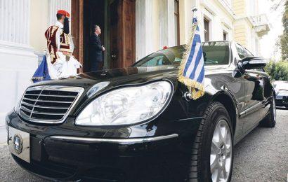 Партия Сириза: 15 000 евро за 4 шины для машины