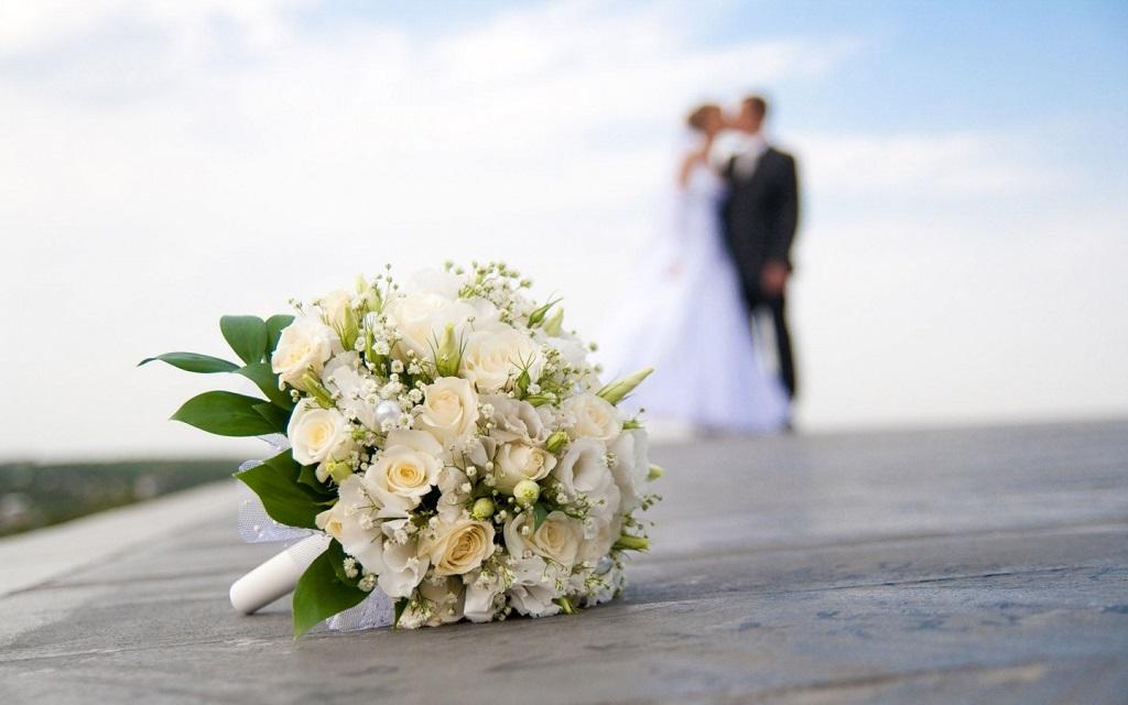 свадьба пара влюбленные букет греция