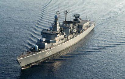 Фрегат ВМФ Греции сел на мель