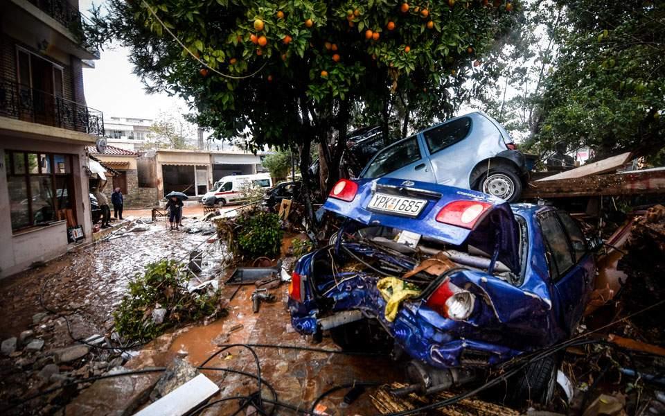 потоп автомобили мандра аттики