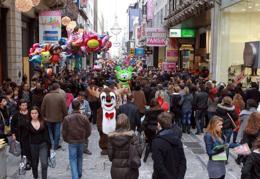 Магазины Греции переходят на праздничный режим работы