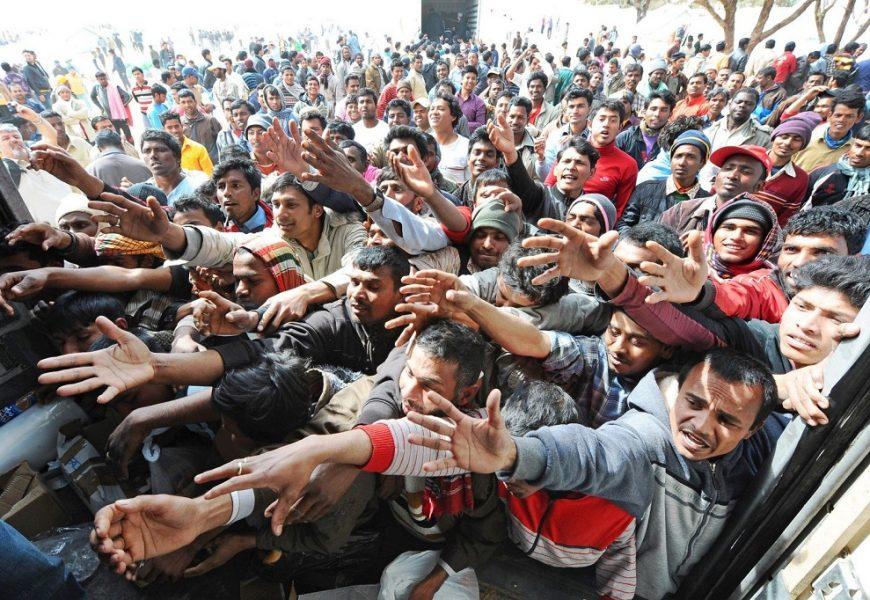 Беженцы атакуют: Более 600 человек прибыли в Грецию за последние 5 дней