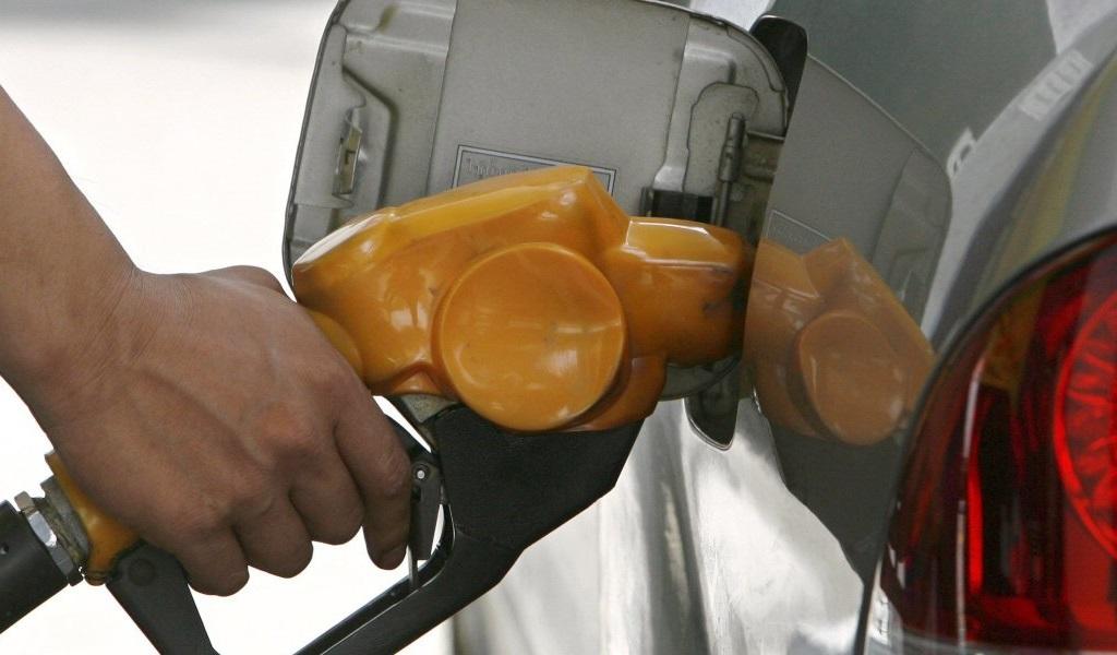 бензобак бензин