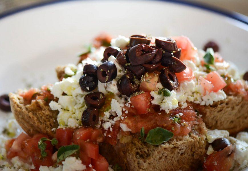Дакос: Вкусная закуска с острова Крит