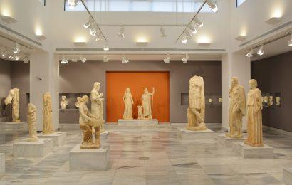 В музеях Греции вводят электронные билеты