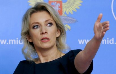 Россия высылает двух греческих дипломатов