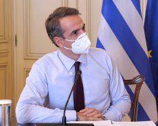 Премьер-министру Греции сделали вторую дозу вакцины от коронавируса